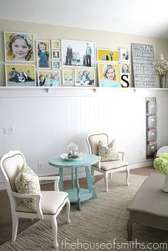 Nothing says home and love like a photo wall. Check out these 50 amazing photo gallery wall ideas and learn the best way to photos for your wall gallery. Inspiration Wand, Decoration Inspiration, Decor Ideas, Home Interior, Interior Decorating, Interior Design, Family Pictures On Wall, Family Photos, Framed Pictures