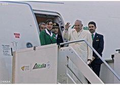 """""""Misionero de la misericordia y de la paz"""". Inició el 12° Viaje Apostólico del Papa Francisco - Radio Vaticano"""