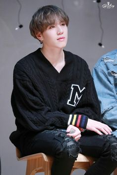 171224 Yugyeom at Special Event cr: Gyeomdeng