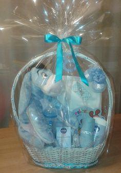 Darčekový kôš pre novorodenca. Vhodný darček na krst, narodeniny