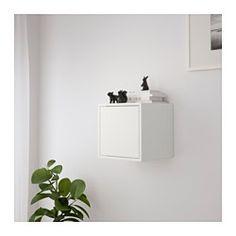 IKEA - EKET, Kaappi + ovi, , Yksinkertainen kokonaisuus on hyvä ratkaisu pieneen tilaan. Tarpeen tullen sitä voi kasvattaa mieleisekseen.Kaapin voi asettaa lattialle tai kiinnittää seinälle, jolloin lattiatilaa jää käyttöön enemmän.Ovessa on kiinteä avausmekanismi, jonka ansiosta ovi aukeaa pelkällä kevyellä painalluksella.Helppo ja nopea koota; puutapit napsautetaan valmiiksi porattuihin reikiin.