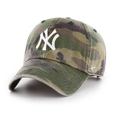 229c2e90 1055 Best New York Yankees Hats images in 2019 | Crocheted hats ...