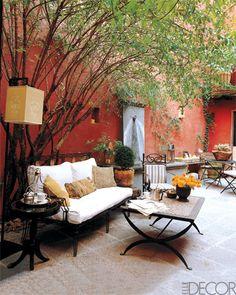 homepolish: Mexican courtyard from Elle Decor. Outdoor Rooms, Outdoor Gardens, Outdoor Living, Outdoor Furniture Sets, Outdoor Decor, Nice Furniture, Small Gardens, Outdoor Seating, Outdoor Ideas