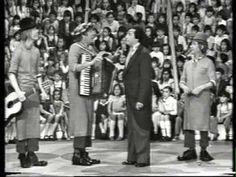 Circo RTVE Aragon, Spanish Language, The Twenties, Street View, America, Retro, Photos, Spanish, Retro Illustration