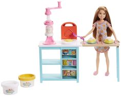 Check out the Barbie Breakfast Playset with Stacie Doll at the official Barbie website. Explore all our Barbie dolls, playsets and accessories today! Mattel Barbie, Barbie Stacie Doll, Site Da Barbie, Barbie Website, Barbie Stuff, Play Doh, Barbie Sisters, Pink Slippers, How To Make Breakfast