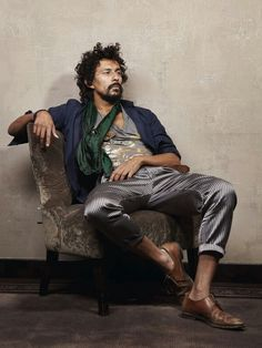 Haider Ackermann by Roberto Frankenberg Mode Masculine, Look Fashion, Mens Fashion, Fashion Design, Fashion Details, Sitting Pose Reference, Bohemian Style Men, Boho Man, Sitting Poses