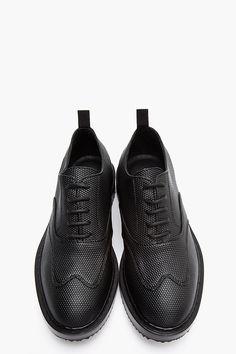 KRISVANASSCHE Black pebbled sneakers