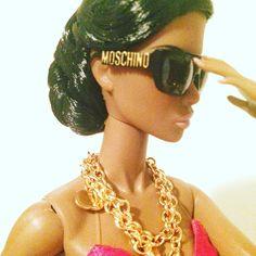 Paparazzi Darling in moschino fashion pieces❤️ : : #dollsofinstagram #dollstagram #instadoll #IntegrityToys #integritydolls #integritytoysdoll #FashionDolls #FashionRoyalty #fashionroyaltydolls #adelemakeda #fr2 #ootd #fashion #follow