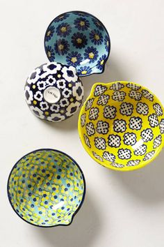 Anthea Measuring Cups Adore these given away as gifts twice and would love in my home x - Measuring Cups - Ideas of Measuring Cups Decoration Table, Kitchen Essentials, Creative Home, Kitchen Accessories, Home Kitchens, Decorative Plates, Ceramic Plates, Sweet Home, Measuring Cups