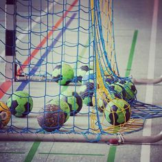 Trainingslager in Korb – handball – Korb Handball Players, Sport Girl, Plant Hanger, Training, Instagram Posts, Photoshoot, Iphone, Makeup, Sports