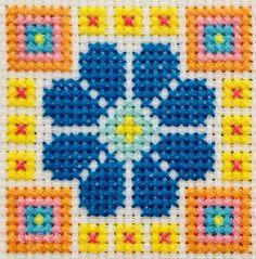 Cross Stitch Pillow, Cross Stitch Tree, Simple Cross Stitch, Cross Stitch Flowers, Easy Cross Stitch Patterns, Cross Stitch Charts, Cross Stitch Designs, Simple Embroidery Designs, Embroidery Stitches Tutorial