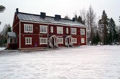 Kylätalo Vanahis Kajaanin Nakertajassa