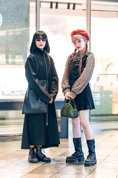 The Best Street Style From Tokyo Fashion Week Spring 2020 Tokyo Fashion, Harajuku Fashion, Cool Street Fashion, Fashion 2020, Fashion Weeks, Tokyo Street Style, London Street, Spring Street Style, Best Celebrity Halloween Costumes
