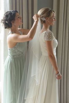 Love the bridesmaids dress cut