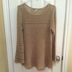 Joie open knit sweater Beautiful Gently used Openknit sweater.  tan in color with bell sleeves. Joie Sweaters