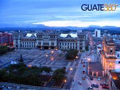 PLAZA DE LA CONSTITUCION O PARQUE CENTRAL,CIUDAD DE GUATEMALA