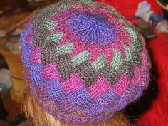 FREE PATTERN: Ravelry ~ Greentrelac Beret, by Robyn M. Schrager