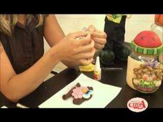 Passo a passo - Aprenda a fazer uma coruja de Bicuit Country com Carla M...