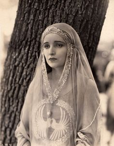 1920's actress Alice Joyce