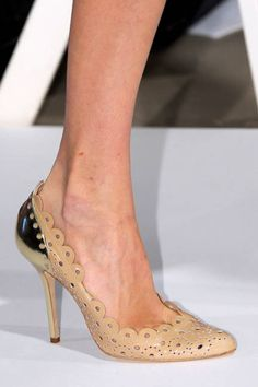 Oscar de la Renta – Spring 2013 Fashion Week Accessories
