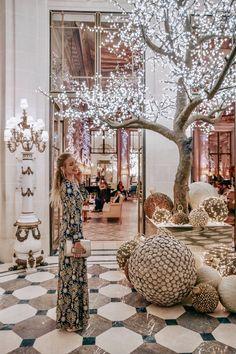 Paris, Christmas: https://ohhcouture.com/2017/12/christmas-in-paris-17/ #ohhcouture #leonieHanne