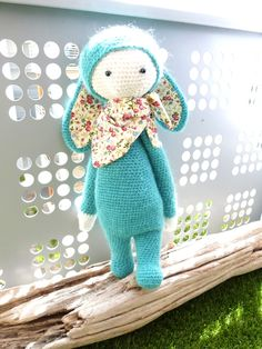 RITA the rabbit made by beabidouilles / crochet pattern by lalylala