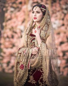 Awesome Bridal Photoshoot of Nimra Khan Bridal Mehndi Dresses, Pakistani Wedding Outfits, Bridal Dress Design, Wedding Dresses For Girls, Pakistani Wedding Dresses, Bridal Outfits, Bridal Style, Bridal Hijab, Wedding Gowns