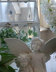 Aiken House & Gardens: Sunroom Delights..angels