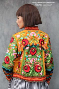 Batik Amarillis's Girl Meets Boy 2 Jacket ❤️ such a gorgeous jacket which full of beautiful complexities such as the patch work of batik/tenun gedog , embroidery and smocking this is featuring Hungarian embroidery inspired #fashionphotography#fashioneditorial#batikindonesia#madeinindonesia#embroidery
