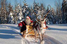 Visitez le vrai village du Père Noël.