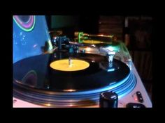 John Paul John - Love Is In The Air 12'' (1978) - YouTube