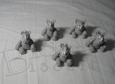 Rinoceronte de biscuit.  Ideal para lembrancinha de festa com tema safari, savana ou zoológico. Pode ser chaveiro. R$2,50