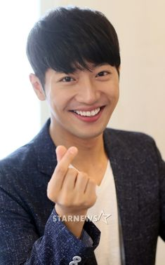 lee sang yeob Korean Men, Asian Men, Korean Actors, Asian Guys, House Of Bluebird, Jang Ok Jung, Mbc Drama, Lee Sang, Joo Jin Mo