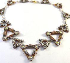 Serval Necklace Beading Kit от LiisaTurunenDesigns на Etsy