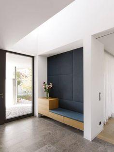 Wohnreportage Architekten Arnold + Werner München - New Ideas Foyer Design, Entry Way Design, Entrance Design, Home Entrance Decor, House Entrance, Home Decor, Interior Architecture, Interior Design, Foyer Decorating