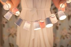 Make a sweet string of lights Tutorial 45 BEST Charming Lifestyle DIY & Tutorials EVER. From MrsPollyRogers.com