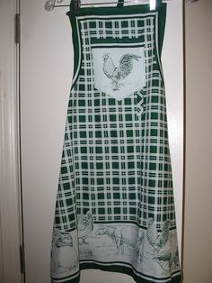 Bib Apron with Farm Animals 5023 by TheKraftyKats on Etsy, $20.00