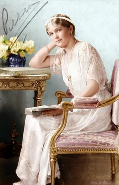 Grand Duchess Olga of Russia by klimbims http://klimbims.deviantart.com/art/Grand-Duchess-Olga-of-Russia-418984636