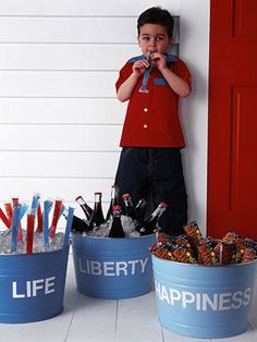 Great idea for July 4th, or any summer party! Metal tubs w/ ice cold refreshments (love the popsicles).