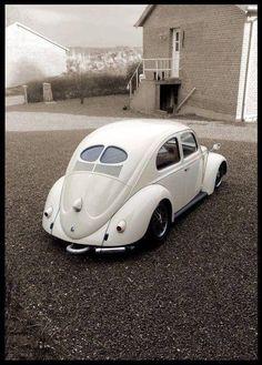 vw beetle white spilt window