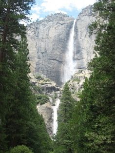 Yosemite National Park, California - road trip bucket list.
