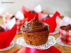 Cupcake cachi e cioccolato con frosting alla Nutella
