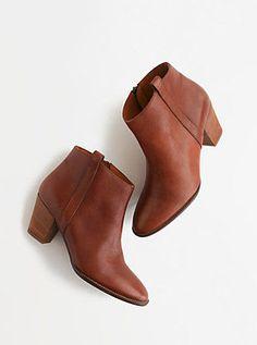 Booties in Cognac. Love the simple details and heel.