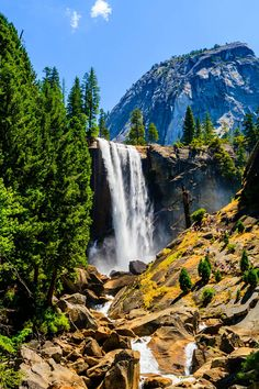 Bask in the beauty of Vernal Falls, Yosemite National Park