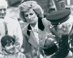 Something smells bad face?: Vintage 1987 Lady Princess Diana Makes A Face Entertaining A Child Press Photo Princess Diana Rare, Princess Diana Pictures, Princess Of Wales, Lady Diana Spencer, Spencer Family, Funny Princess, Real Princess, Diana Williams, Diane