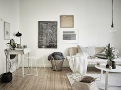 Marvelous 12 Gorgeous Scandinavian Home Interior Design You Have To Copy If you want to create a Scandinavian design for your space, but you are not sure how to use it, Scandinavian design is a design movement characterized. Scandinavian Home Interiors, Living Room Scandinavian, Scandinavian Apartment, Scandinavian Design, Nordic Living, White Interiors, Sinnerlig Ikea, Ideas Hogar, Decoration Inspiration