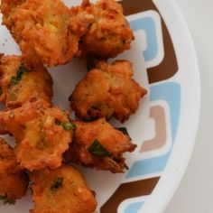 Indian PAKORAS Indian Foods, Indian Dishes, Indian Food Recipes, Healthy Recipes, Fun Food, Good Food, Yummy Food, Healthiest Foods, Food And Thought