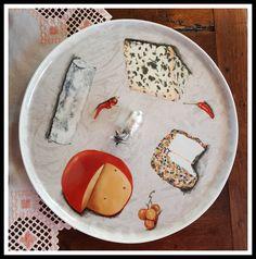 Je vous souhaite de passer un moment agréable sur mon site... - China Painting, Ceramic Plates, Pictures To Paint, Hand Painted, Painted Porcelain, Pottery, Ceramics, Tableware, Moment