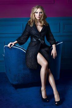 Scarlett Johansson So Elegant In Red Lace Lovely Feminine