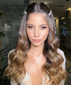 Whatsapp 86 18663971233 Type Human Hair Wigs Hair 100 Human Hair Texture Body Wave Lace Color Medium Brown or Transparent Hair Density 130 150 180 density Hair Length Inches Hair Parting Free Parting Capsize Medium Cap Size Large Cap Size Small Cap Size Formal Hairstyles For Long Hair, Wedding Hairstyles, Everyday Hairstyles, Vintage Hairstyles, 100 Human Hair, Human Hair Wigs, Wedding Hair And Makeup, Hair Makeup, Bridal Makeup